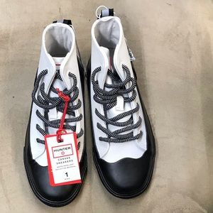 NWT Hunter for Target Canvas Sneakers